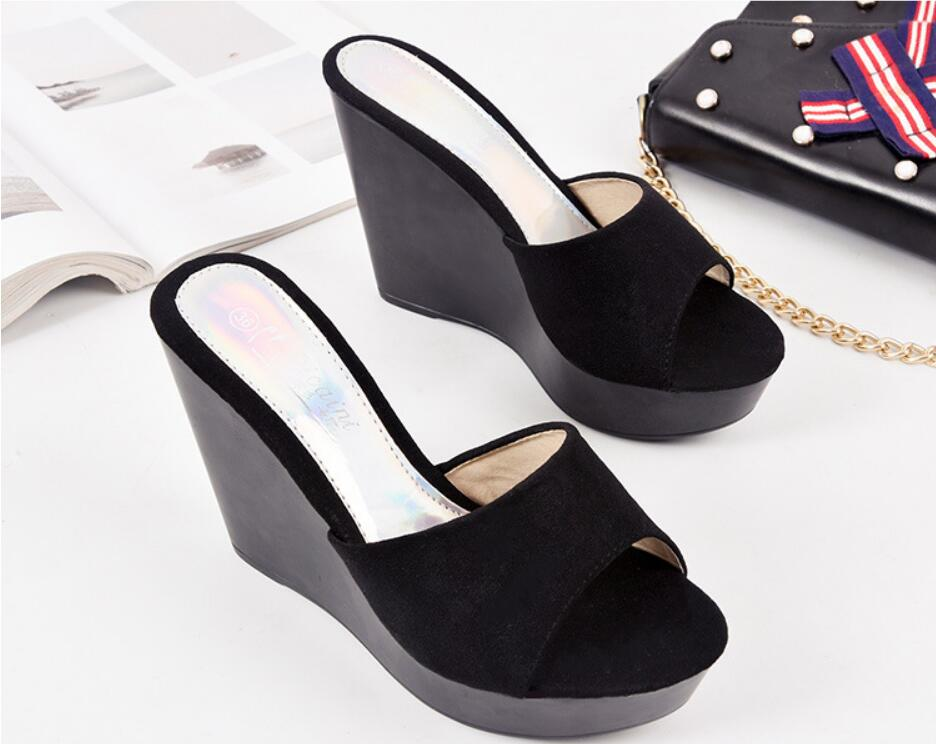 Fashion Women Slippers Shoes High Heels 13.5CM Platform Flock Wedges Slippers Black White Flat Platform  Ladies Shoes Beach Shoe