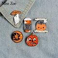 Happy Halloween эмали штырь изготовленный на заказ кофе Луна в виде приведения и тыквы брошь в виде зонтика рюкзак одежда штырь отворотом весело зн...