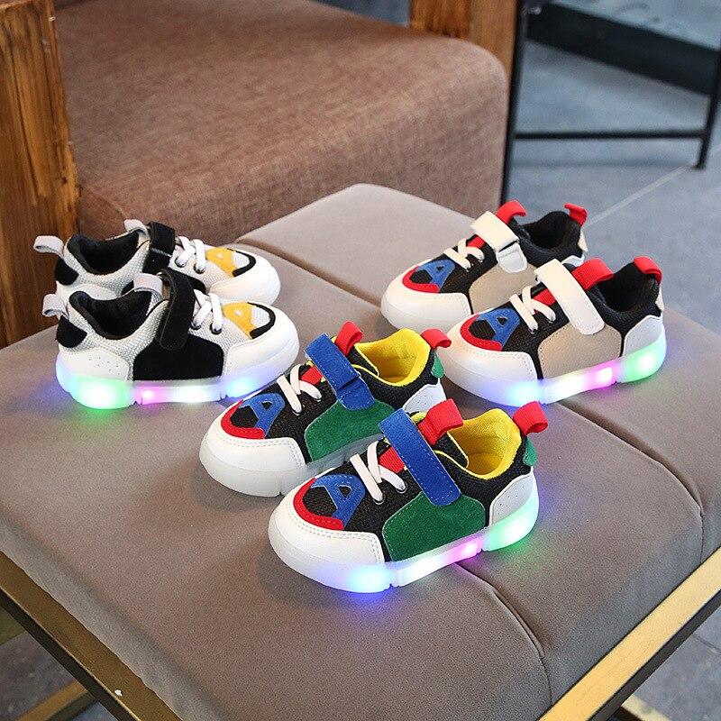 Spring/Autumn Cute Unisex Baby Girls Boys Shoes Hook&Loop LED Glowing Baby Sneakers Cute Lighting Boys Girls Shoes Footwear