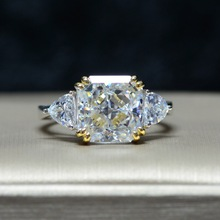 高級婚約指輪女性スクエア AAAAA + ジルコンリングクリスタルロマンチックなウェディング女性リングパーティーガールフレンドのギフト