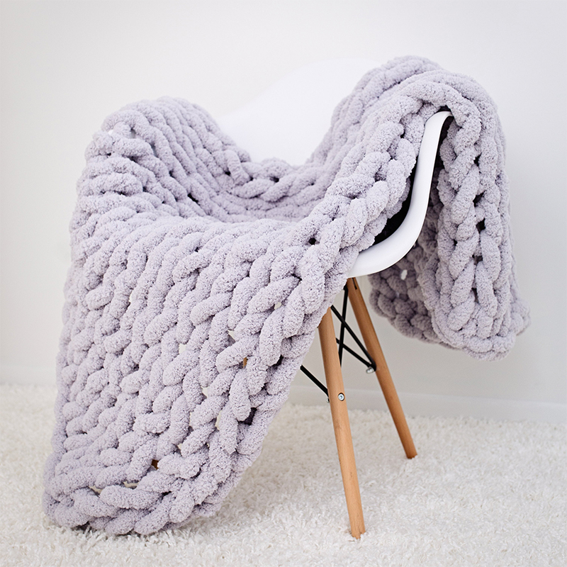 Couverture plaid tricotée épaisse à gros maillons