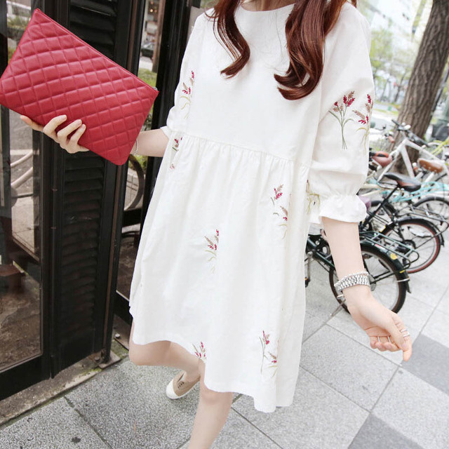 Cotton and Linen Short Sleeved Maternity Dress 3