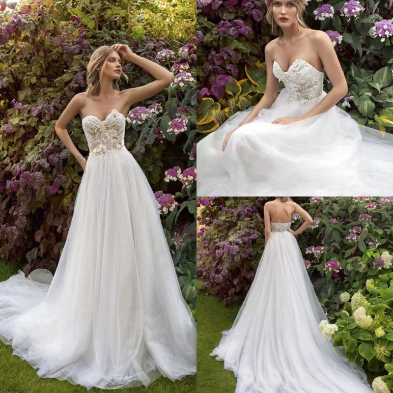 2020 Wedding Dresses Sexy Sweetheart Sleeveless Lace Appliqued Bridal Gowns Backless Sweep Train A-Line Wedding Dress