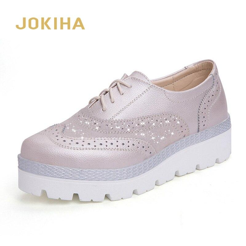 Ayakk.'ten Kadın Topuksuz Ayakkabı'de 2020 bahar kadın hakiki deri Brogue ayakkabı bayanlar düz platformu loafer ayakkabılar moda rahat ayakkabılar kadınlar için title=