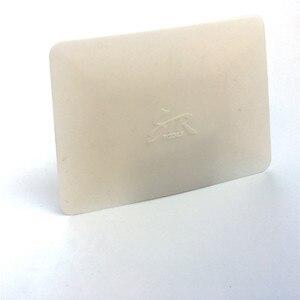 Image 2 - Vinyl Carbon Fiber Film Wrap Witte Zachte Teflon Zuigmond 11*8 Cm Venster Tint Tool Auto Sticker Wrapping Styling accessoires