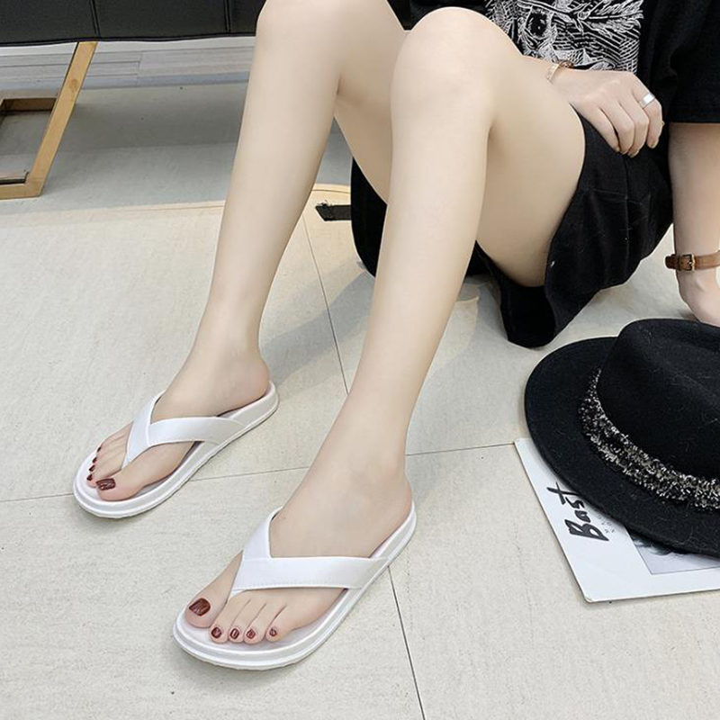 2020 fashion couple antiskid solid color Korean flip flop men's versatile lovely student leisure indoor and outdoor beach shoes