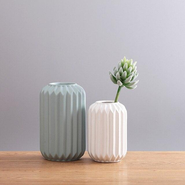 Modern Ceramic Vase Minimalist Creative Tabletop Vase Home Decoration Vase Fashion Modern European Style Geometric Flower Vase 4