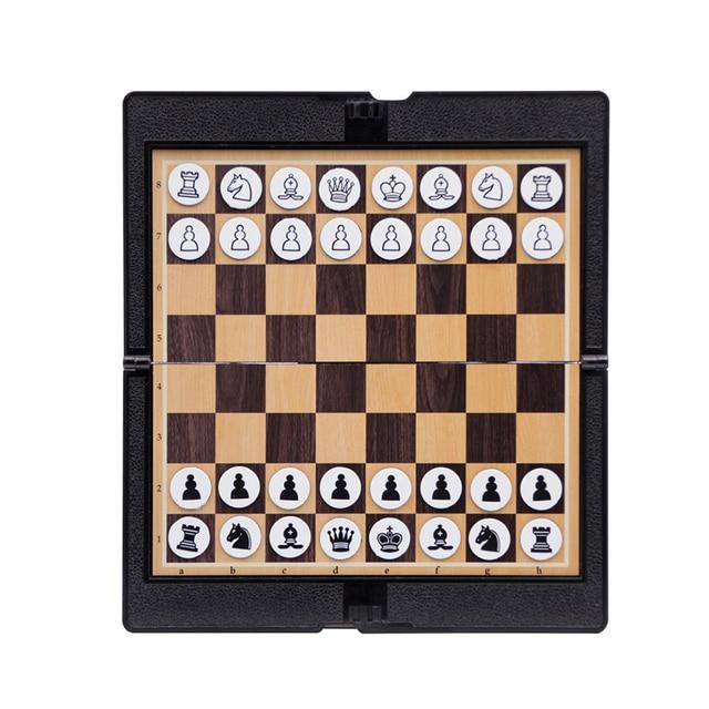 Mini jeu d'échecs de portefeuille magnétique  pour étudiant et voyageur passionné d'échec 4