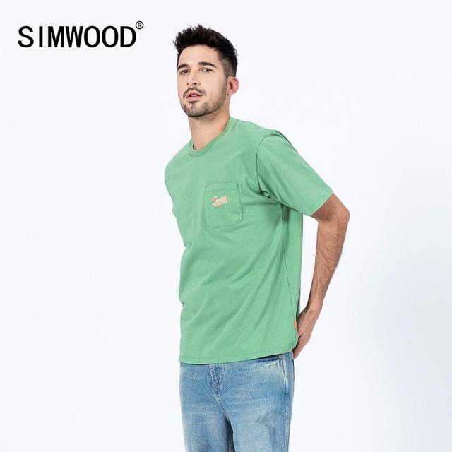 SIMWOOD 2020 الصدر جيب تي شيرت الرجال موضة الربيع الصيف جديد التطريز شعار 100% القطن سليم صالح القمم موضة تيز SJ120012