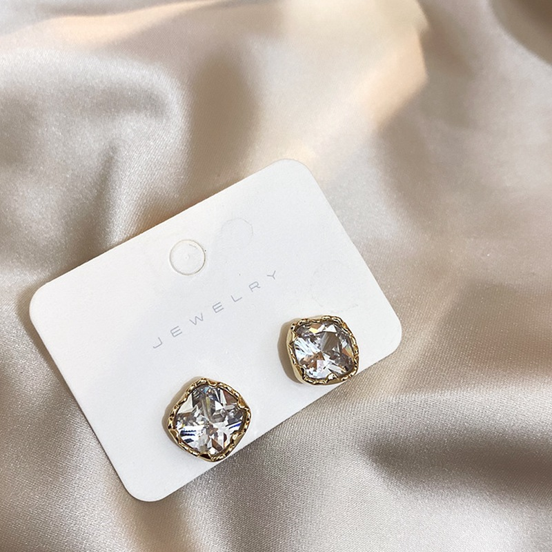 MENGQIAO New Fashion Square Crystal Zircon Stud Earrings For Women Simple Cute Boucle D'oreille Pendientes Jewelry Accessories