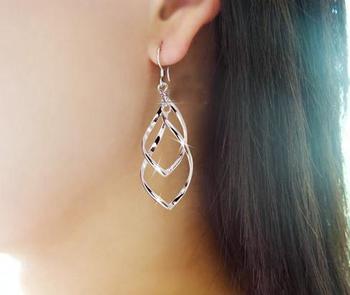 Japan and South Korea Fashion Explosion Style Temperament Fresh Joker Twisted Double Layer Earrings Wholesale