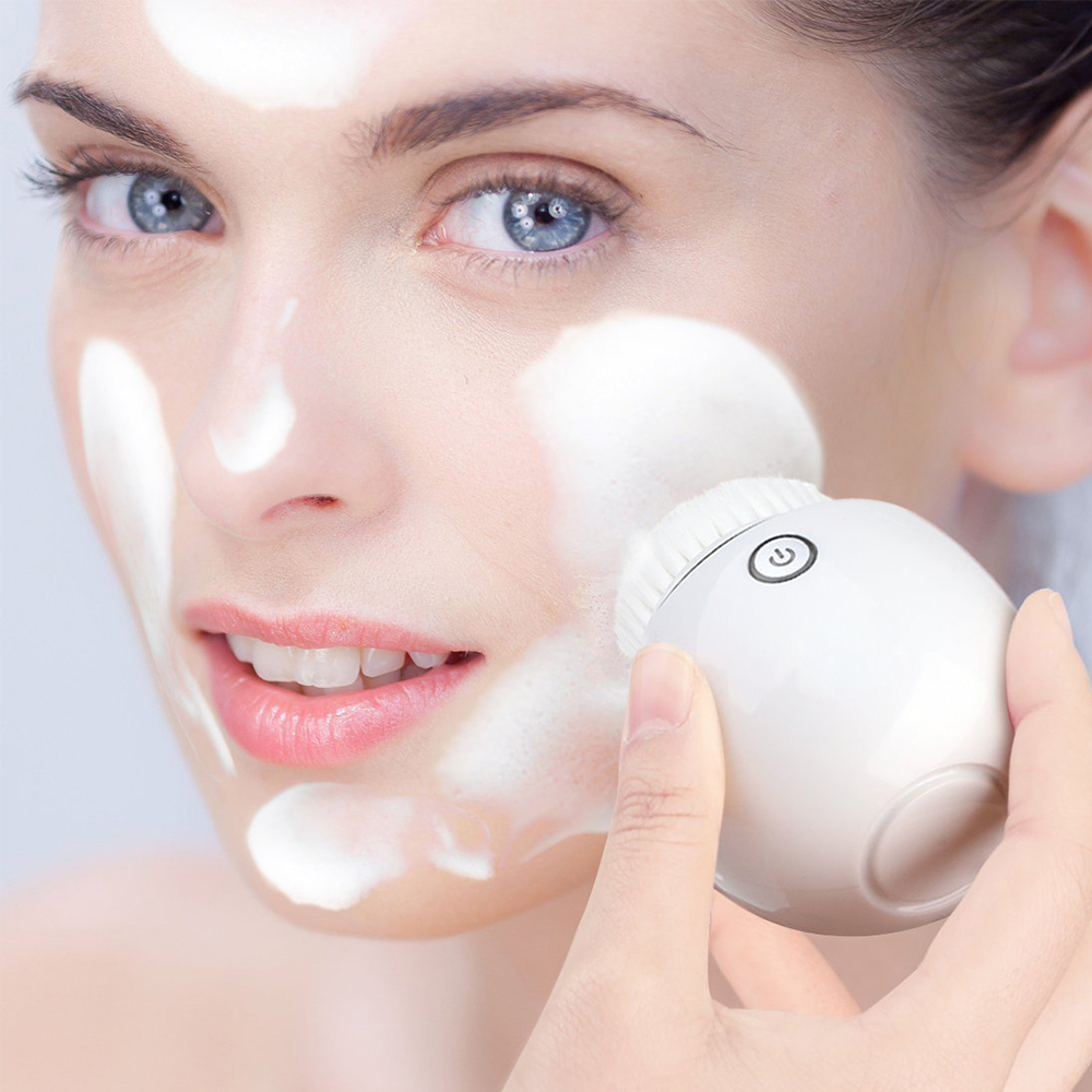 Купить с кэшбэком Sonic Vibrating Facial Cleansing Brush Electric Facial Cleanser Cleansing Skin Deep Washing Massage Brush Wireless Charging