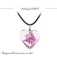 1PC szkło kryształowe wisiorek z wysuszonym kwiatkiem naszyjnik z koniczyną moda mała świeża para dekoracji prezent urodzinowy biżuteria mężczyzn i kobiet