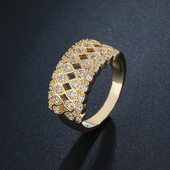 Europejski i amerykański nowy pierścionek z cyrkonią AAA ośmioznakowy pierścionek gypsophila pierścionek modny pierścionek damski tanie i dobre opinie RBXC CN (pochodzenie) Miedziane Kobiety Metal Biuro Praca Obrączki ślubne GEOMETRIC moda Pierścionki