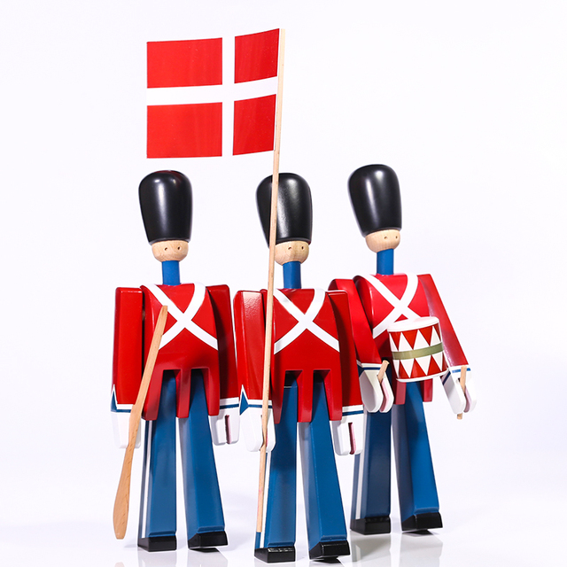 Nordic Danish Soldier Wooden Miniature Figurines Decoration Creative Home Decor Children's Model Puppet Handmade Solid Wood 6