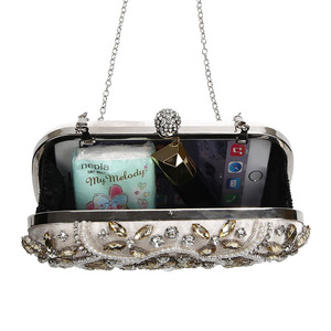 Image 4 - 結婚式クラッチバッグ女性シルバークラッチ財布高級パーティーバッグダイヤモンドチェーンハンドバッグクラッチラインストーンボルサfeminina ZD1336