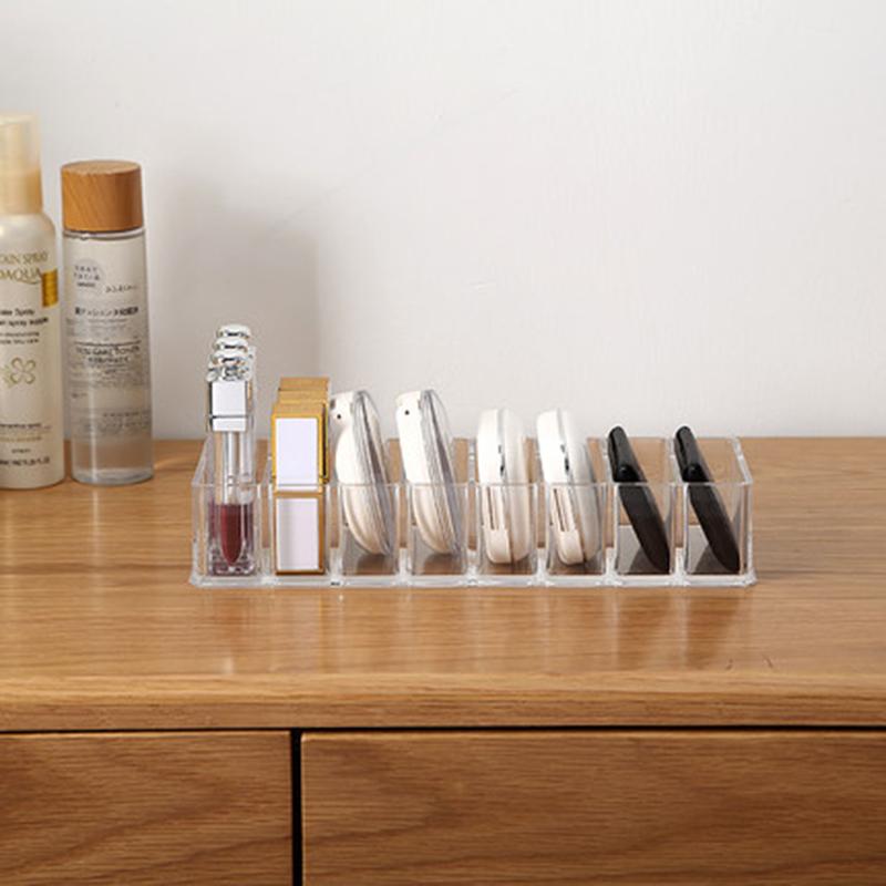 Présentoir maquillage transparent