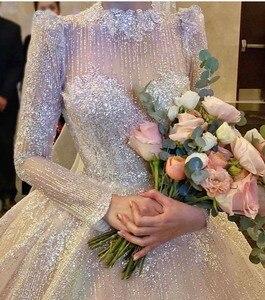 Image 4 - Vintage Vestidos De Novias High Kragen O Neck Bling Bling Glitter Stoff Langarm Ballkleid Muslimische Hochzeit Kleider