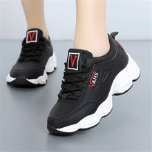 Купить с кэшбэком Shoes Woman outdoor Casual zapatos de mujer Winter warm shoes Fur Sneakers White black pink Designer Non-slip chaussures femme