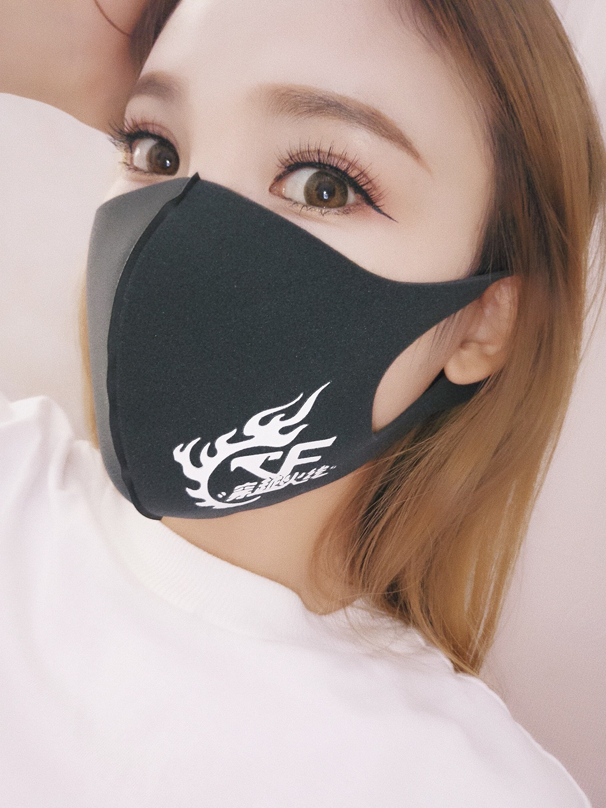 1PC Pm2.5 Anti-haze Mouth Mask Breathable Cotton Fashion Black Cartoon Thickening Mouth Mask Respirator