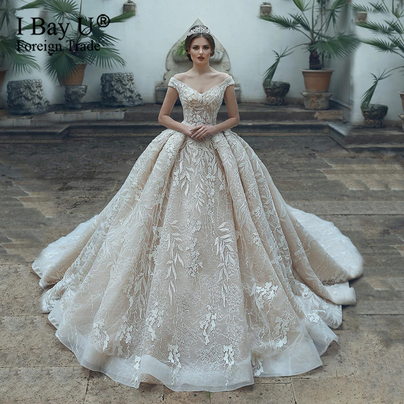 Luxury Arabic Ball Gown Wedding Dress Off Shoulder Full Beaded Lace Applique Sweetheart Button Back Long Train Wedding Gowns