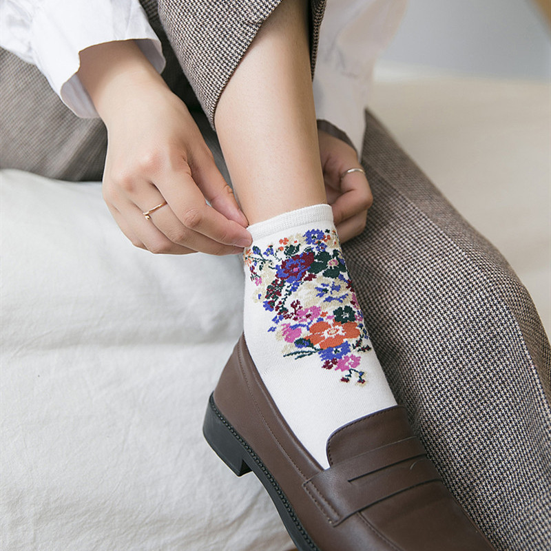 Jeseca Autumn Korean Female Harajuku Vintage Streetwear   Socks   Japanese Kawaii Flower Print Girls Cute   Sock   for Christmas   Sock