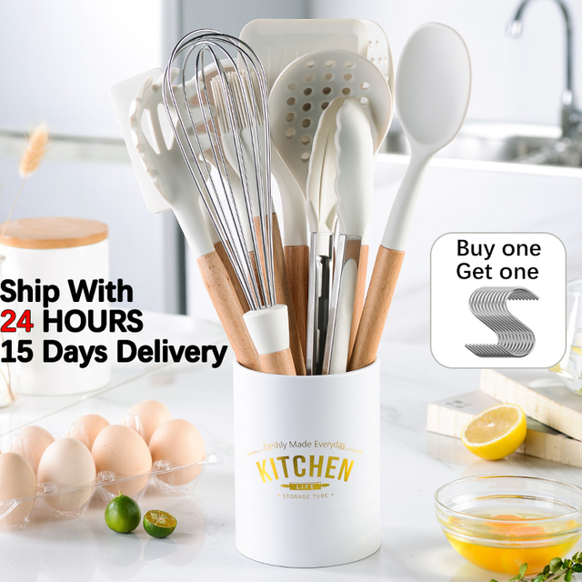 Branco cozinhar utensílios de cozinha ferramenta de silicone com alça multifuncional de madeira antiaderente espátula concha ovo batedores pá 1