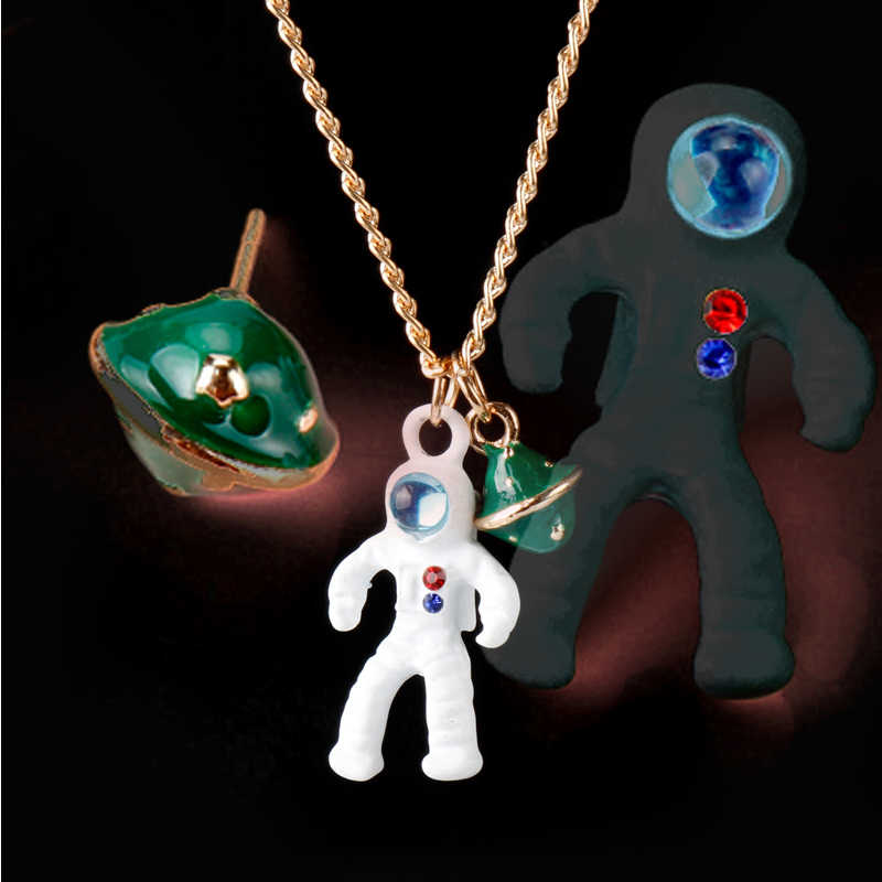 Enamel Alloy Astronaut Planet Necklace pendant Costume Jewelry Women Men Fashion Accessories Bijoux Gifts