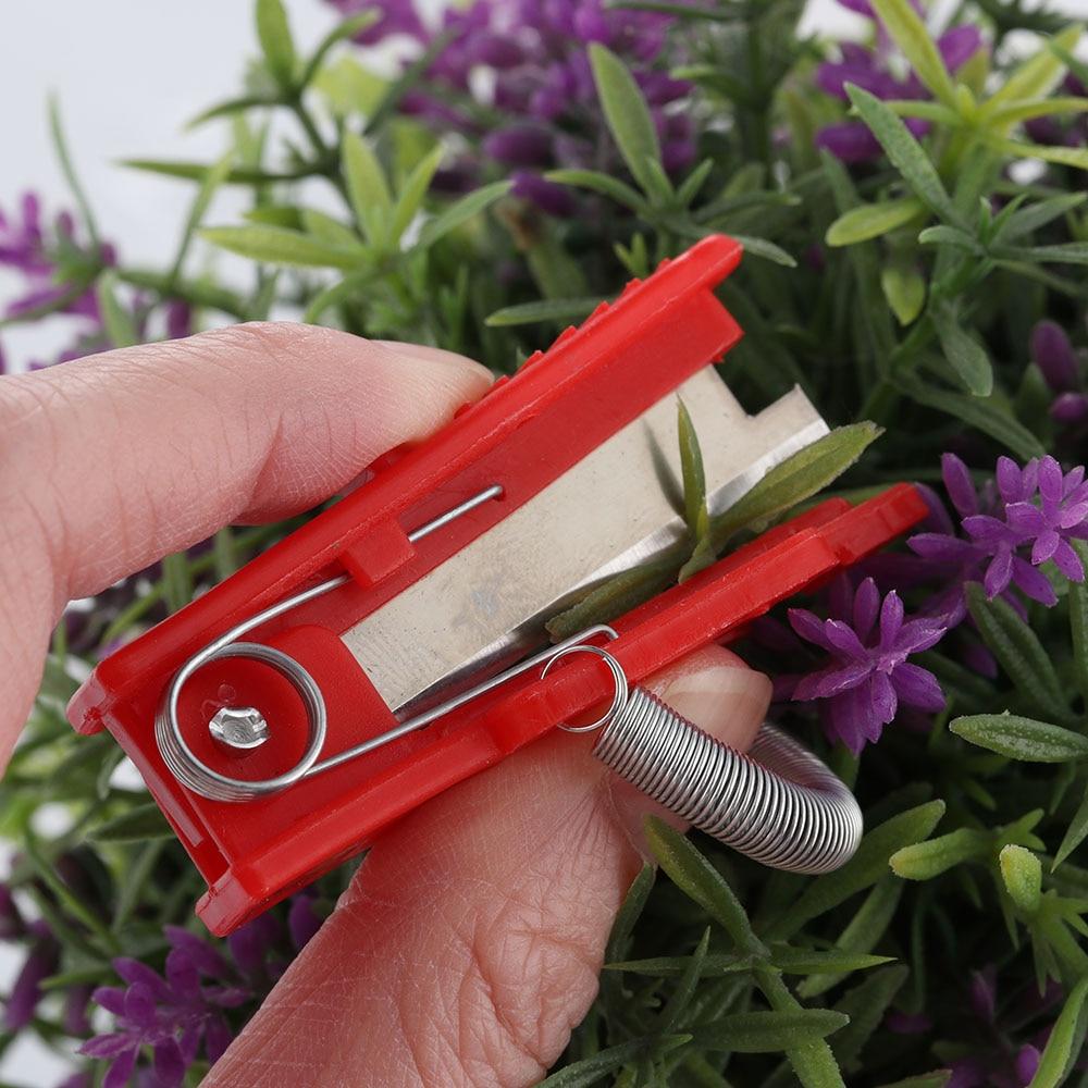 1Pc Multifunctional Thumb Knife Safe Fruit Blade Tool Garden Pruner Fruit Picking Device Cutting Blade Rings Finger Protector