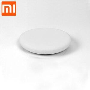 Image 4 - Xiaomi cargador inalámbrico Original para teléfono móvil, cargador de 20W Max Compatible con Mi 9 (20W) MIX 2S / 3 (10W) Qi EPP, 5W