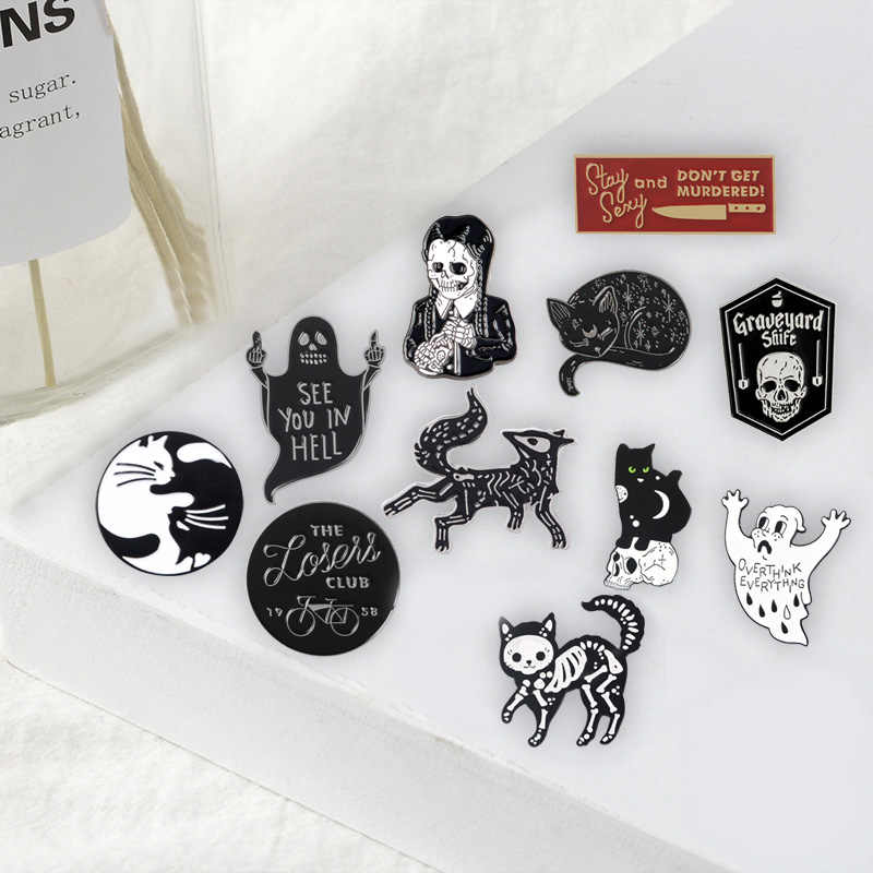 Punk Scuro pins Scheletro Fresco Nero Spille Distintivi e Simboli Bag Abbigliamento Accessori Smalto pins Regali Per Gli Amici del commercio all'ingrosso Dei Monili