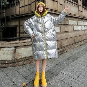 Image 2 - חורף מעיל נשים ארוך סלעית להאריך ימים יותר עמיד למים בנות מבריק כסף כותנה מרופד Parka חם שלג מעיל נשי צבע בלוק