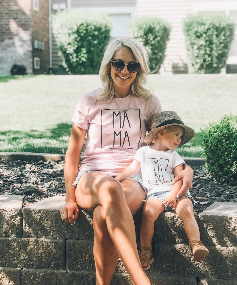 1PC Mama And Mini Shirt Mother Daughter T-Shirts Fashion Mom Daughter Clothes Funny Family Look Short Sleeve Tee Shirt