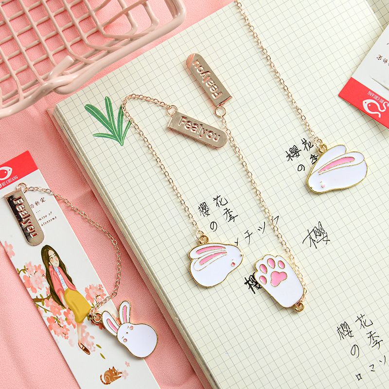 40 Pcs/lot Cartoon Rabbit Cat Paw Metal Pendant Bookmark Cute Book Marks For Book Paper Clip School Office Supplies