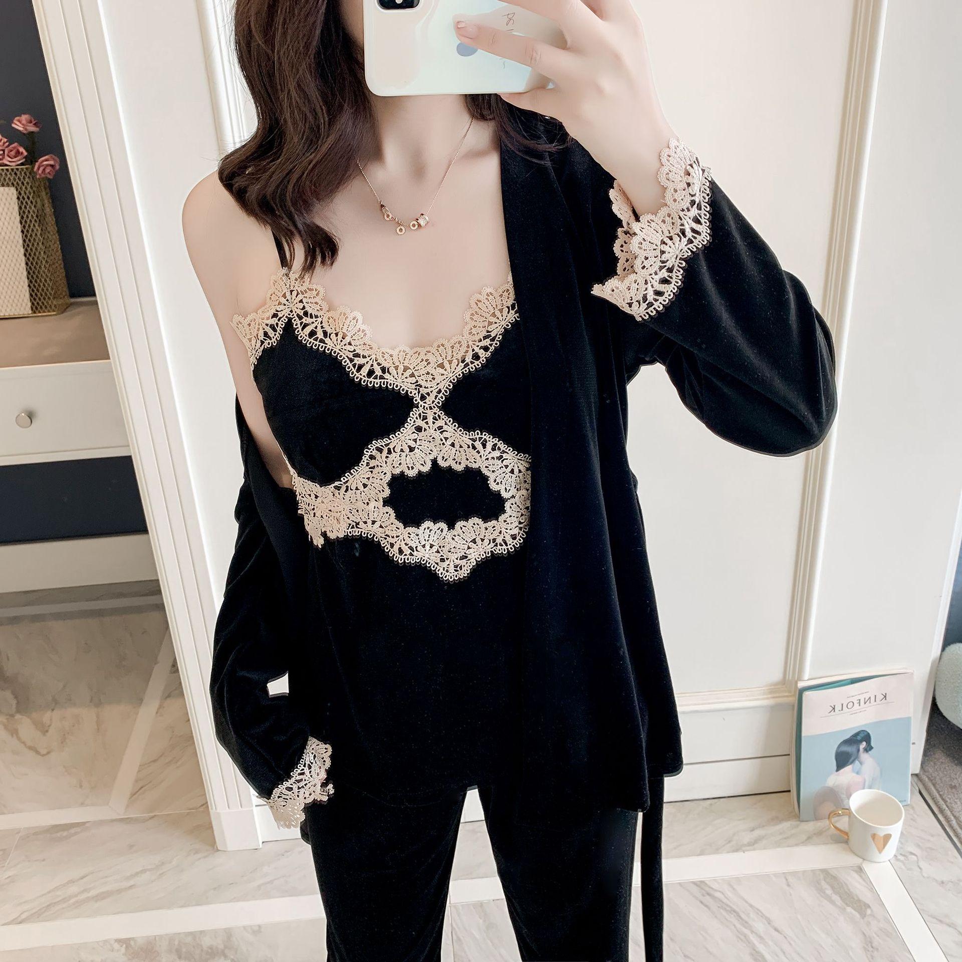 2020 New Women Velvet Pajamas Set Robe&Pant Pyjama Suit Autumn Velour 2PCS Sleepwear Sexy Lace Nightwear Bath Robe Gown M-XL