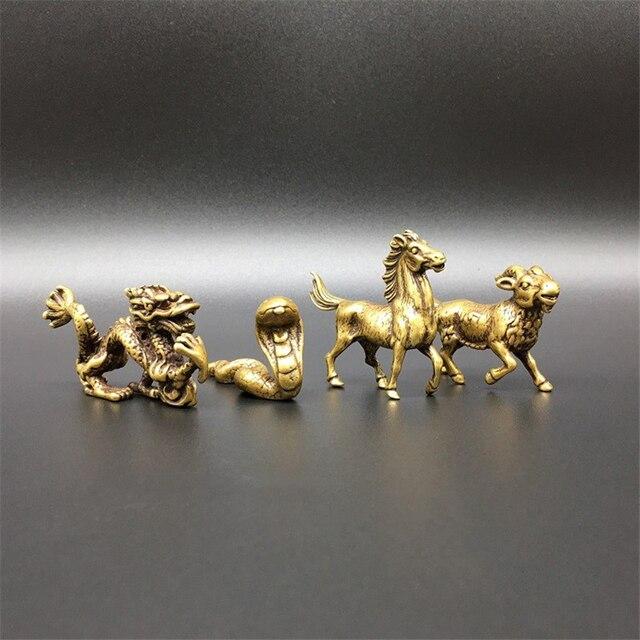Antyczna miedź chiński 12 zodiak zwierzęta szczur byk tygrys królik smok wąż koń koza małpa kurczak pies świnia figurki ozdoby
