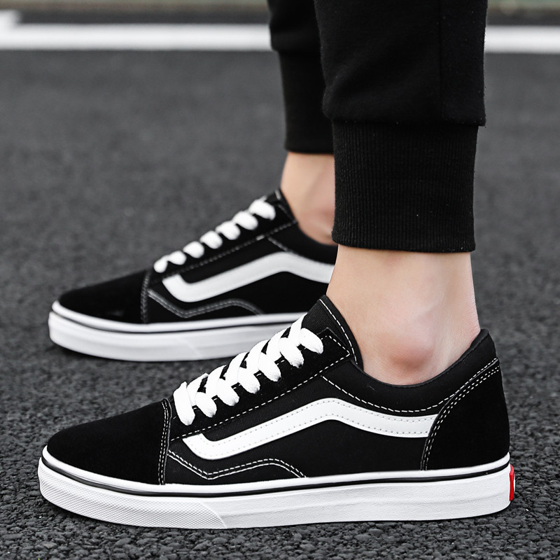 Men Canvas Sneakers Lovers Classics Shoes Low-Top Casual Women Student Youth Walking Flats Slip Shoes Zapatillas Hombre