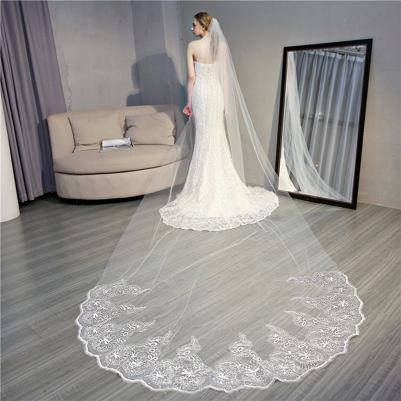 4 Meter Cathedral Wedding Veils Long Lace Edge Bridal Veil With Comb White Ivory