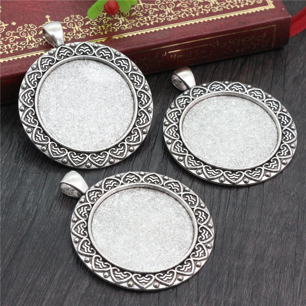 2pcs 30mm Inner Size Antique Silver Plated Classic Style Cabochon Base Setting Charms Pendant (B5-05)