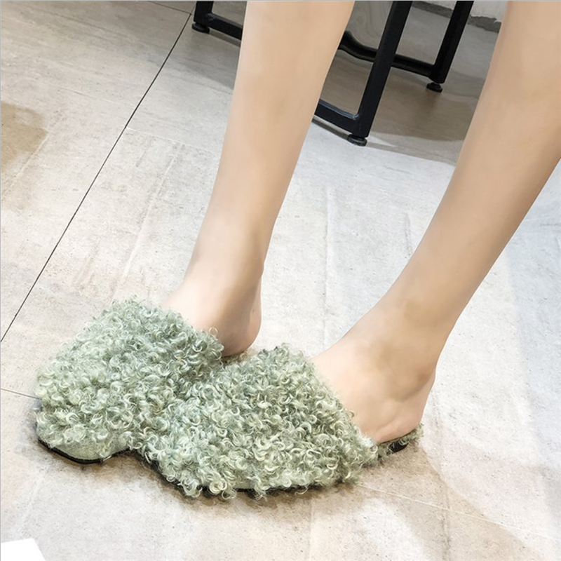 New Women's Sandals Exposed Flat Casual Personality Slippers Women Wear Flip-flops Furry Slippers Cute Slippers Slide Shoes