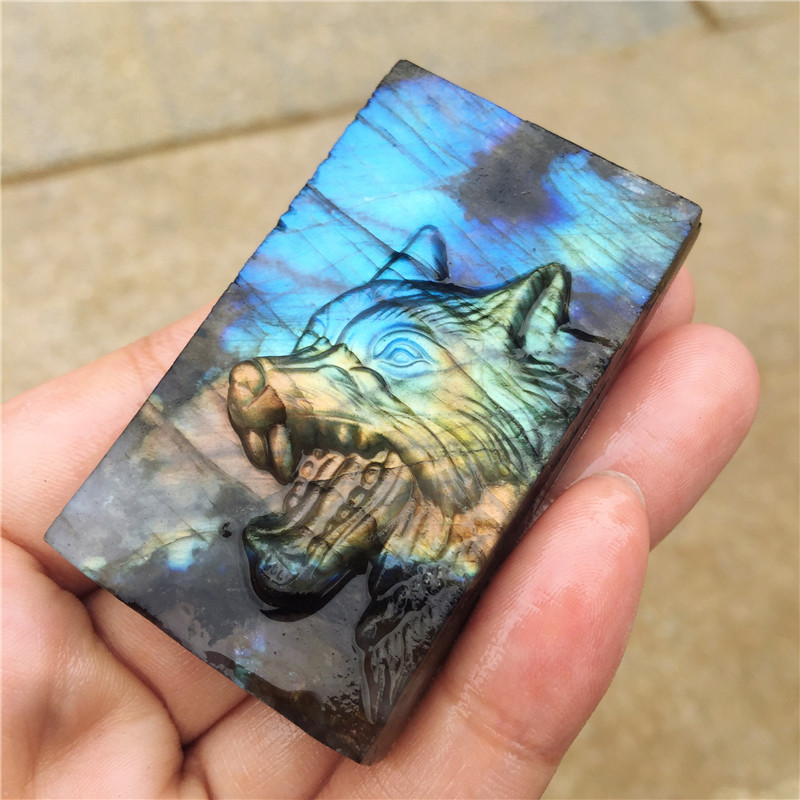 Beautiful crystal carvings natural hand carved Wolf labradorite stone Wolf head Pendant necklace fashion jewelry gifts 1pcs in Stones from Home Garden