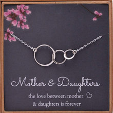 Silver Chain Necklace Women  Mom 2 Daughters Three 3 Interlocking Infinity Triple Circles Mothers Day Jewelry Gift