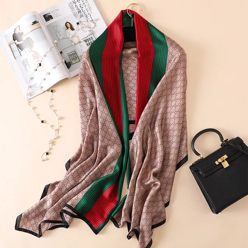 2020 Luxury Brand Autumn And Winter Women New Style Fashion Color Matching Print Silk Scarf Lady Popular Headcloth Beach Shawl