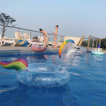 New Inflatable Toy Transparent Sequin Unicorn Swimming Ring Flamingo