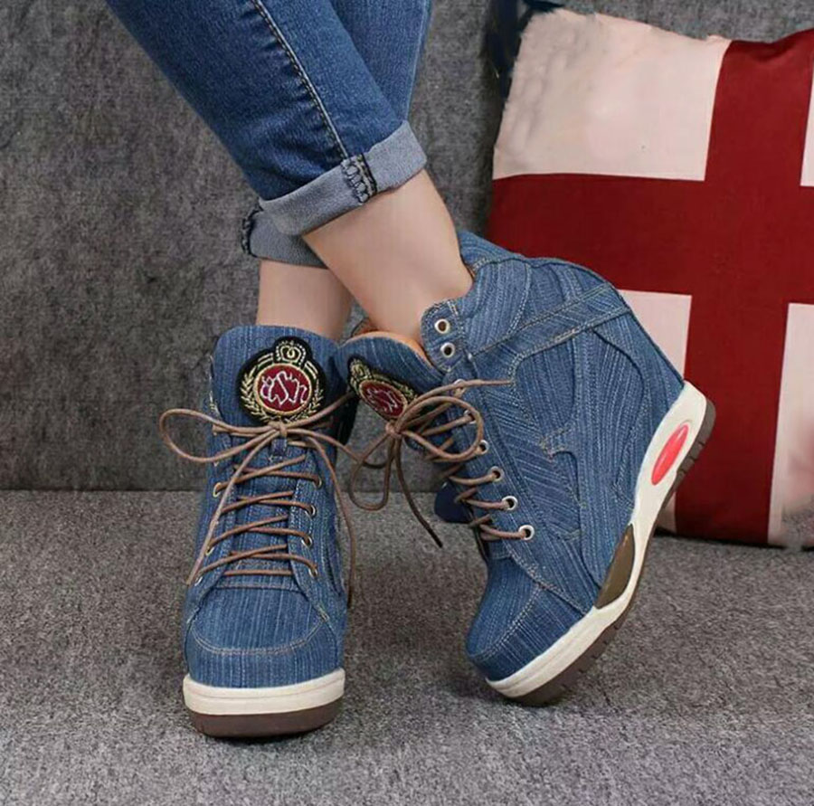 H62c22a79384c45dca87e009d50acb5c0U KNCOKA Summer New Women's Comfortable Wedge Heels With Stylish And Simple Denim Canvas Single Shoes