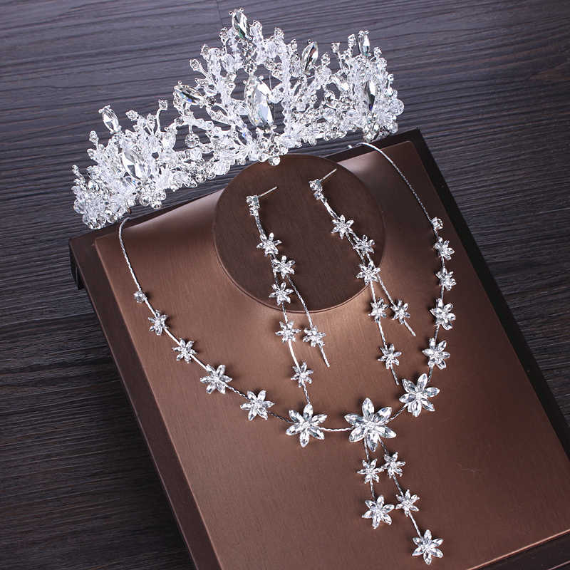 Luxe Crystal Bloemen Bridal Sieraden Sets Cubic Zirkoon Crown Tiara Earring Choker Ketting Set Bruiloft Afrikaanse Kralen Sieraden Set