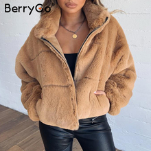 BerryGo gruby puszysty płaszcz ze sztucznego futra kobiet w stylu casual, na zamek błyskawiczny miękkie kobiece zimowe płaszcze znosić płaszcz ze sztucznego futra streetwear kurtki damskie