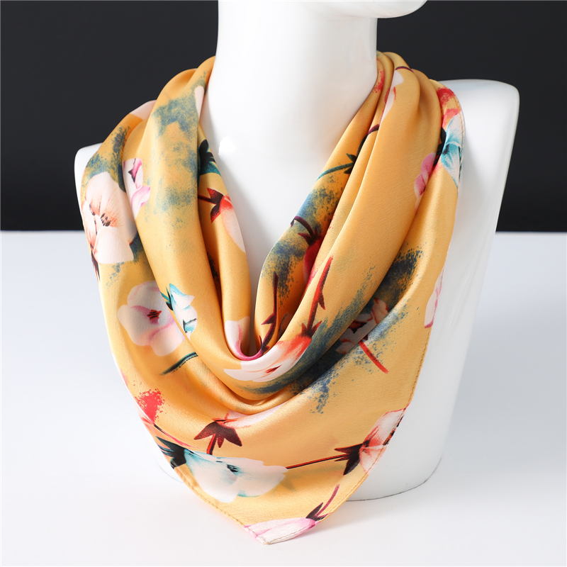 Floral Print Scarf New Arrival Women Silk Scarf Square Small Neckerchief Fashion Hair Scarves High Qiality Foulard Bandana Femme