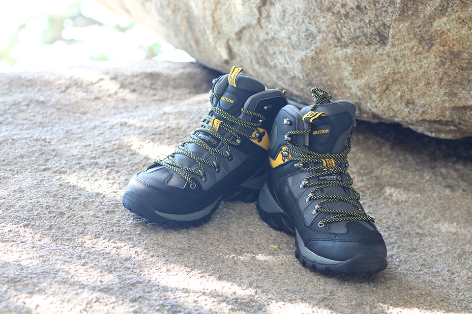 GRITION Men Waterproof Trekking Boots Lace up Mountain Climbing Shoes Non-slip Outdoor Winter Hiking Boots Large Size Shoes 2019