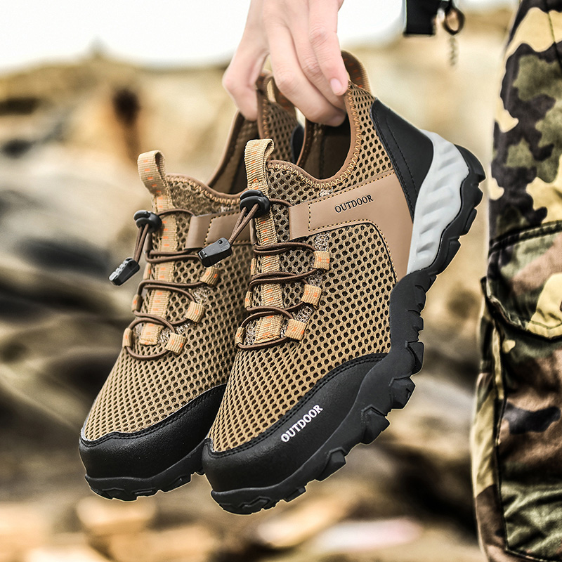 2021 new mesh wading shoes men's beach outdoor wading shoes swimming slippers surfing women's quick-drying water shoes
